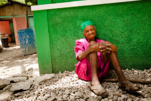 Photo of an elderly woman awaiting care at OSAPO.