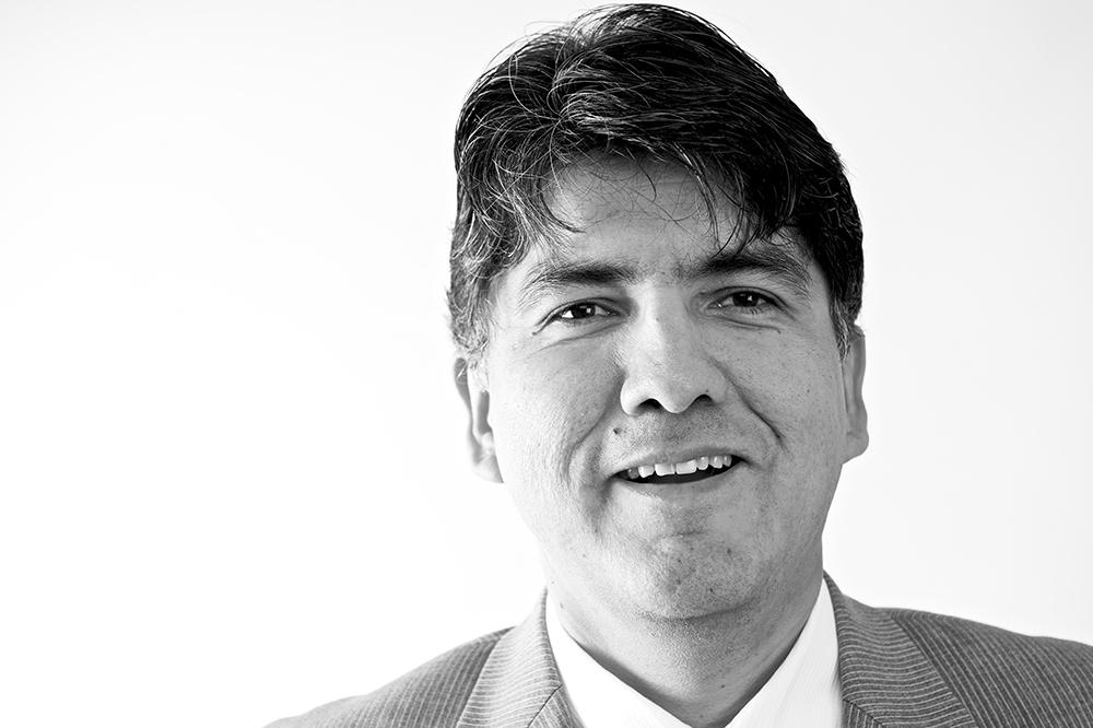 Head shot of Sherman Alexie